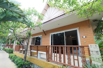 Jings Resort