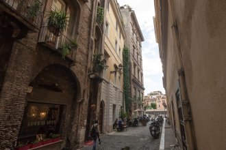 Rome Accommodation - Navona