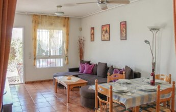 Amazing Home in Orihuela Costa With Wifi, 2 Bedrooms and Outdoor Swimming Pool