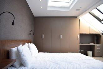 1 Bedroom Flat With Skylight In Angel