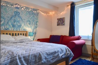 3 Bedroom Flat In Leith