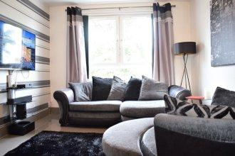 2 Bedroom Edinburgh Apartment Close To Airport