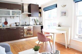 Spacious Studio Apartment In East London