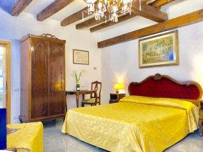Ariel Silva Venice Apartments