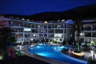 Отель Akbük Palace Hotel & Residence