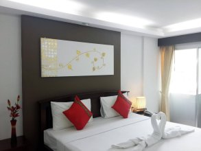 the Luxur Boutique Hotel-Patong