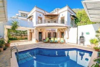Villa Karsak by Akdenizvillam