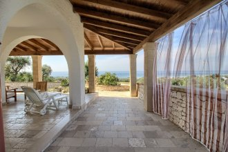 Grazia, Pool Residence