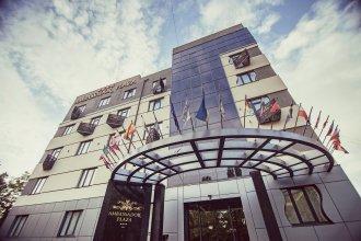 Отель Амбассадор Плаза