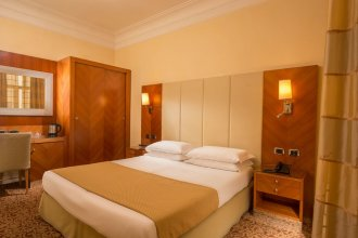 Suite Opera Rooms