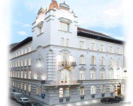 Отель Parlament