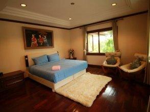 Pattaya Offshore 4 Bedroom Pool Villa