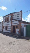 House With 2 Bedrooms in Bernuy, With Furnished Garden