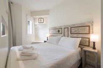Suite & Room