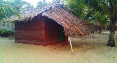 Castello'S Coco Huts