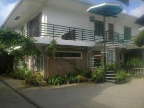 Charm Guest House - Hostel