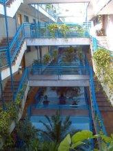 Dobo Homes Ronda De Valencia Apartment
