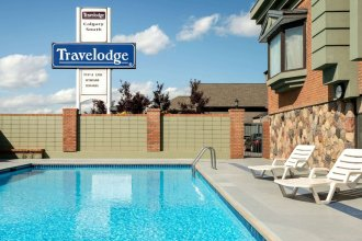 Travelodge by Wyndham Calgary South