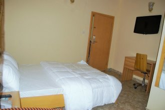 Daneto Hotel