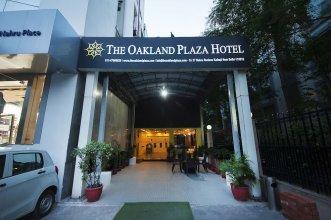 The Oakland Plaza