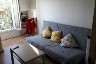 Bright Studio in Paris Centre