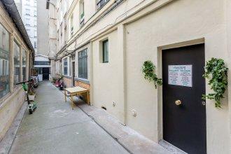 115 - Urban Vuitton Saint Denis