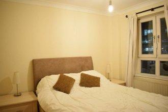 1 Bedroom Apartment Near St Pauls