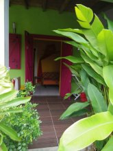 Bungalow With one Bedroom in Guadeloupe, With Pool Access, Enclosed Ga