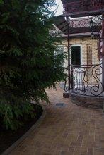 Cottages on Zhemchuznaya