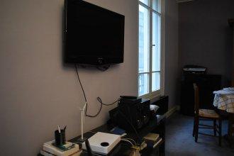 Spacious 1 Bedroom Apartment In Paris 15Th