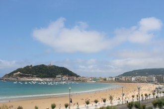 SEAFRONT LUXURY STUDIO - by SanSebastianApartments.es