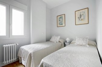 Bright 2 Bd Apart in Front of Retiro Park. Retiro II