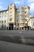 Отель Иностранец