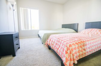 Prime Location Westwood Apartment 409w