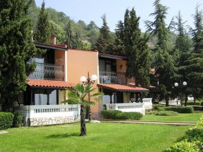 Elenite Holiday Village Hotel