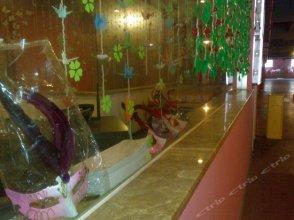 Suzhou Taohuawu Creative Motel