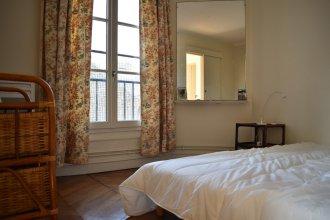 Spacious 2 Bedroom Apartment in Paris 2nd