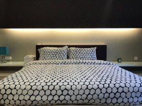 LUMA At Platinum Suite