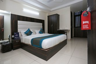 OYO 9147 Hotel Aerostay
