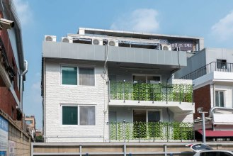 Guesthouse Ryuga - Hostel