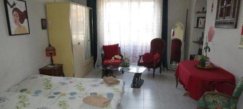 Chez Brigitte Guesthouse