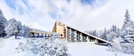 Hotel FIS