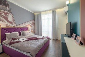 FM Luxury 3-BDR Apartment - Splendid Shapes