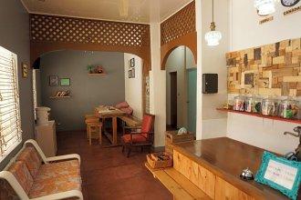 Jiji's Hostel