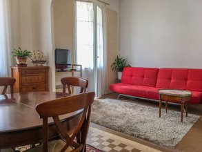 Authentic & beautiful one bedroom apartment