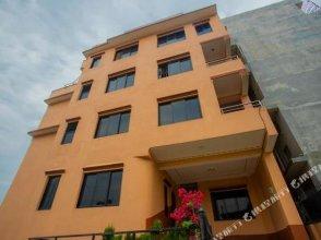 Spot on 398 Hotel Maansarobhar