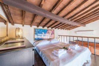 1200 Torre Donati Apartments