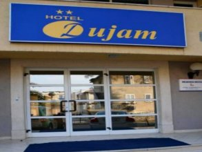 Youth Dujam Hostel
