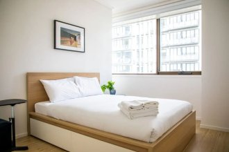 Cozy 3 Bedroom Apartment In The Heart Of Melbourne CBD