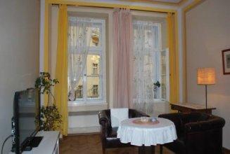 Apartment Pstrossova